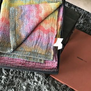 SUPER SALE 🎉NWT Missoni Tatiana Throw